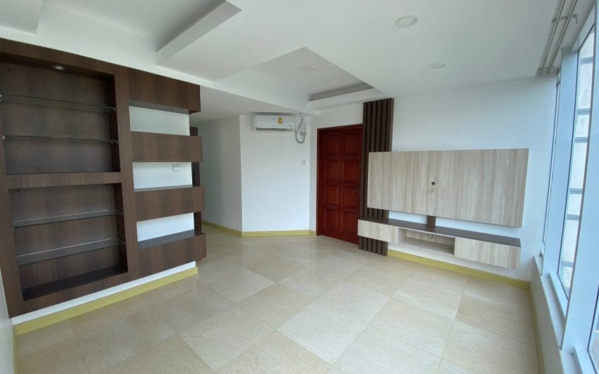 One to Four Bedroom Condo in Yawmingyi